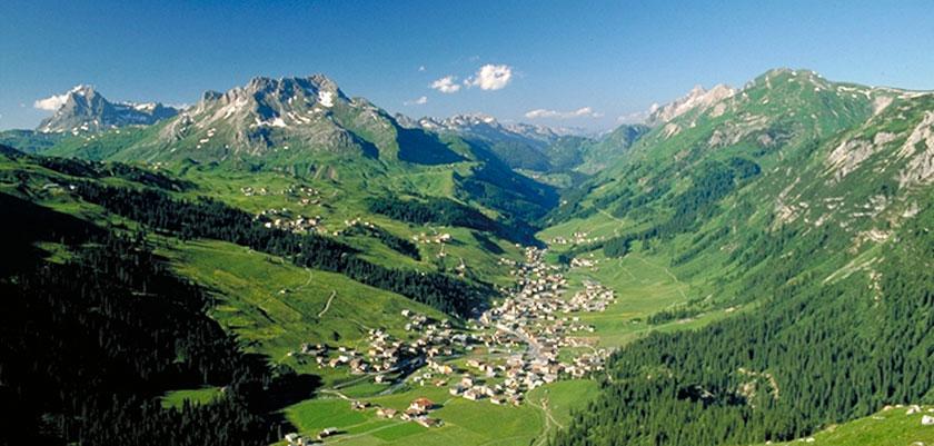 Austria_Lech-summer_Valley-town-view.jpg